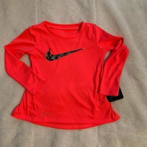 Girls Nike Top